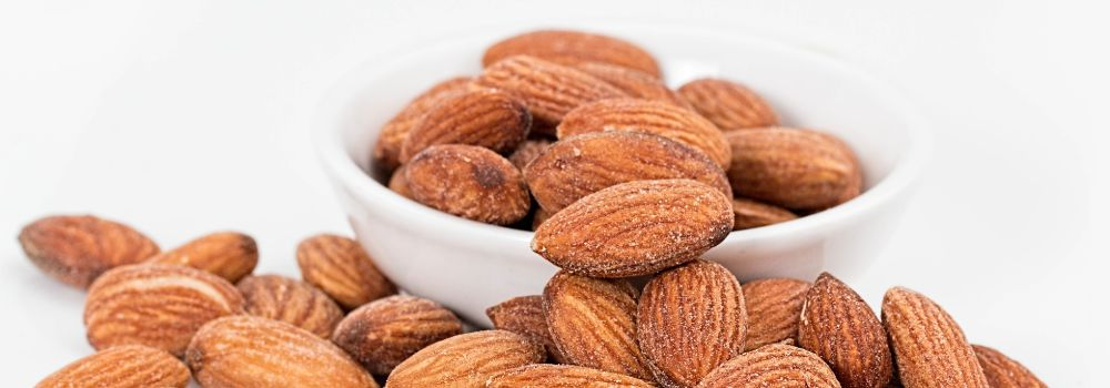 almonds-1768792_1920 (1)